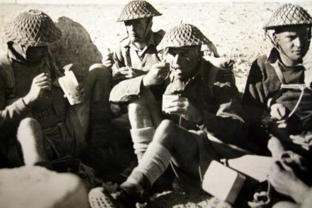 IMG_0118.JPG New Zealanders eating in Libyan desert 11588 - 1A LC